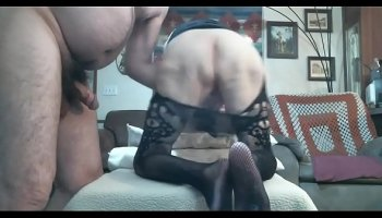 beautiful japanese does stretching and gets fucked